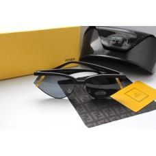 Трендовые очки sci-fi от Fendi
